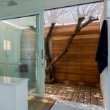 161-beach-road-main-bathroom-1
