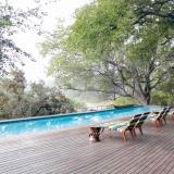 1_Bush-pool